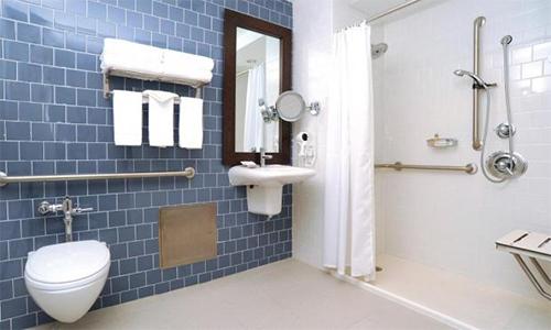 卫浴店面布置图片
